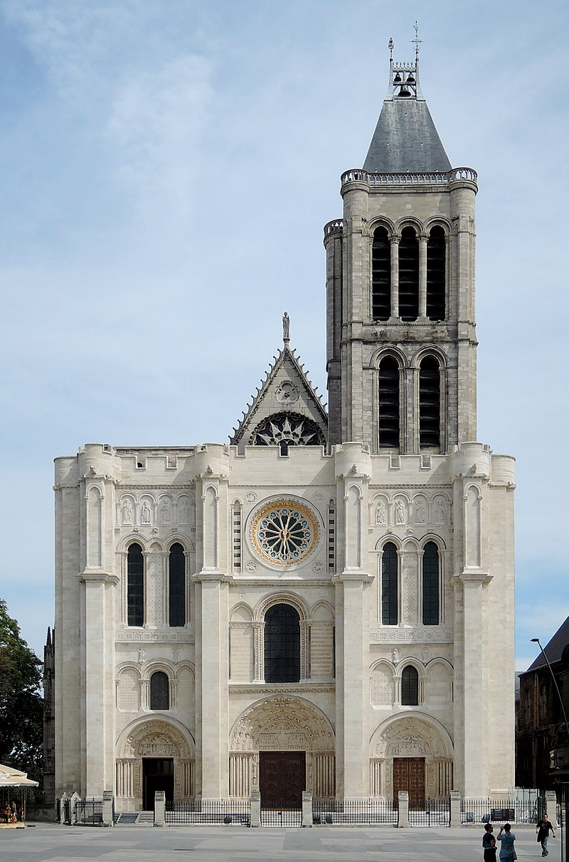 Construction of the façade and apse of the Abbey of Saint-Denis
