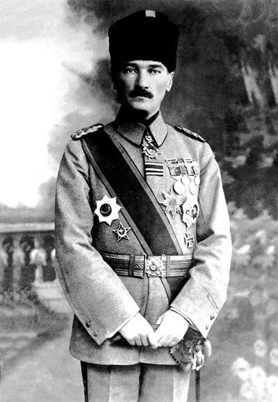 Mustafa Kemal launches his resistance movement