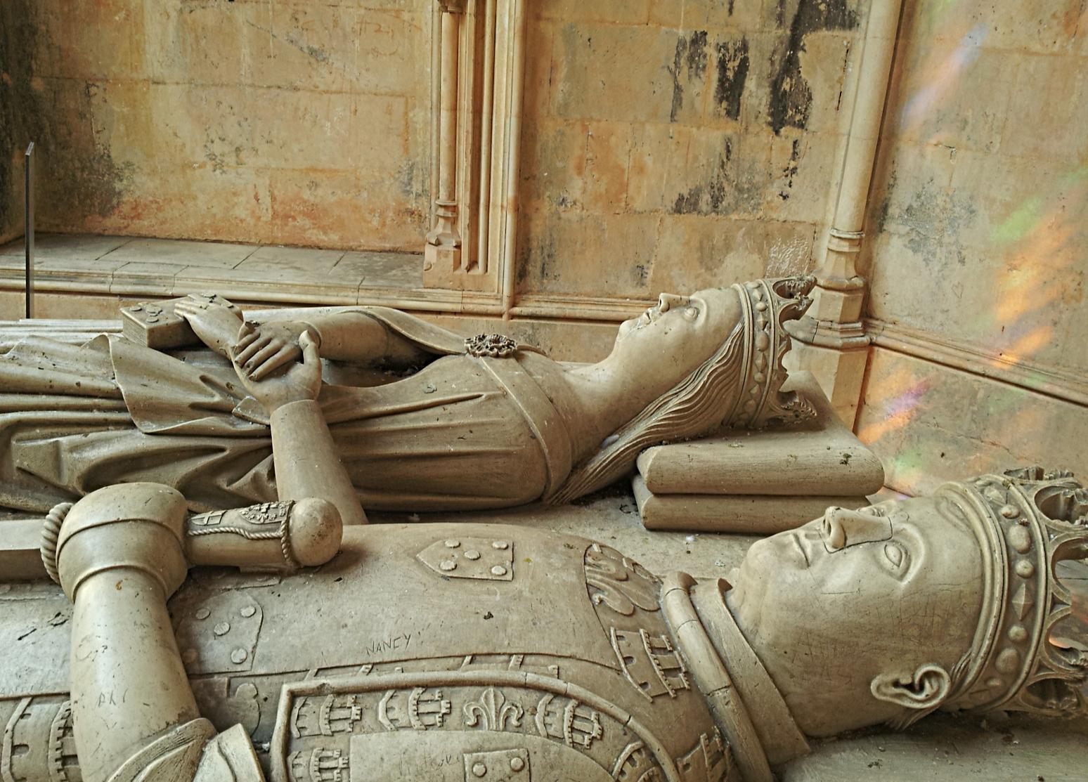 A rainha D. Leonor de Aragão, mulher de D. Duarte, é senhora de Sintra