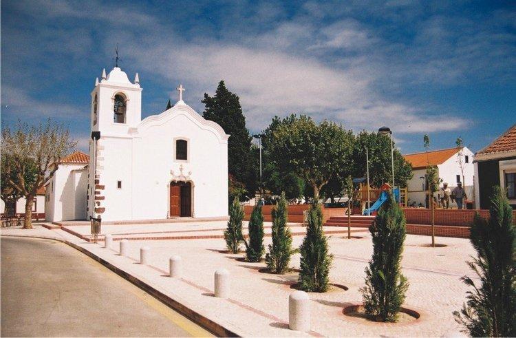 Igreja de Nª Sª da Graça de Palhais - Reabriu após o restauro em 1959.
