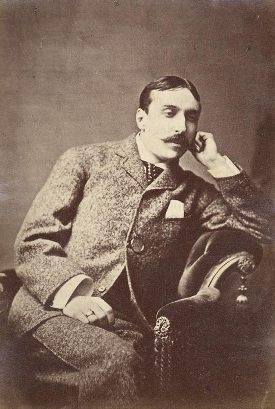 Nascimento de Eça de Queirós, escritor.