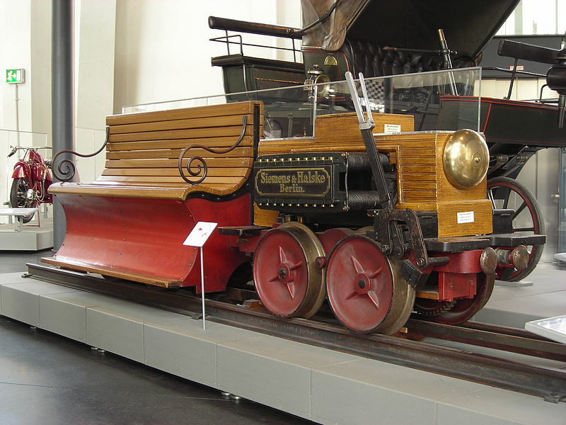 Construction of the first electric locomotive by Siemens