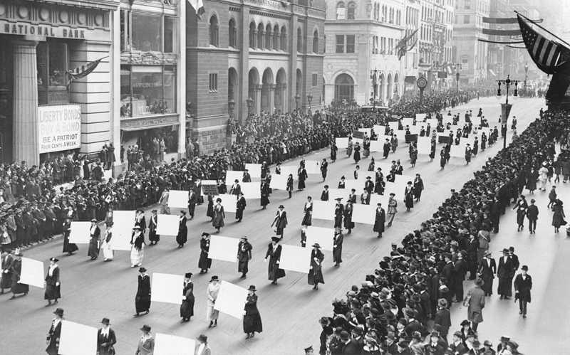 Women granted the right to vote in the USA