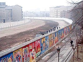 Construção do Muro de Berlim