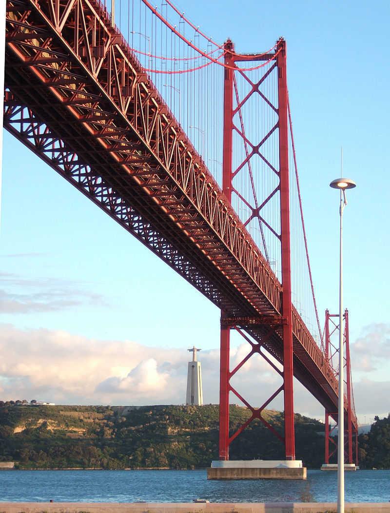 Inauguração da ponte sobre o Tejo