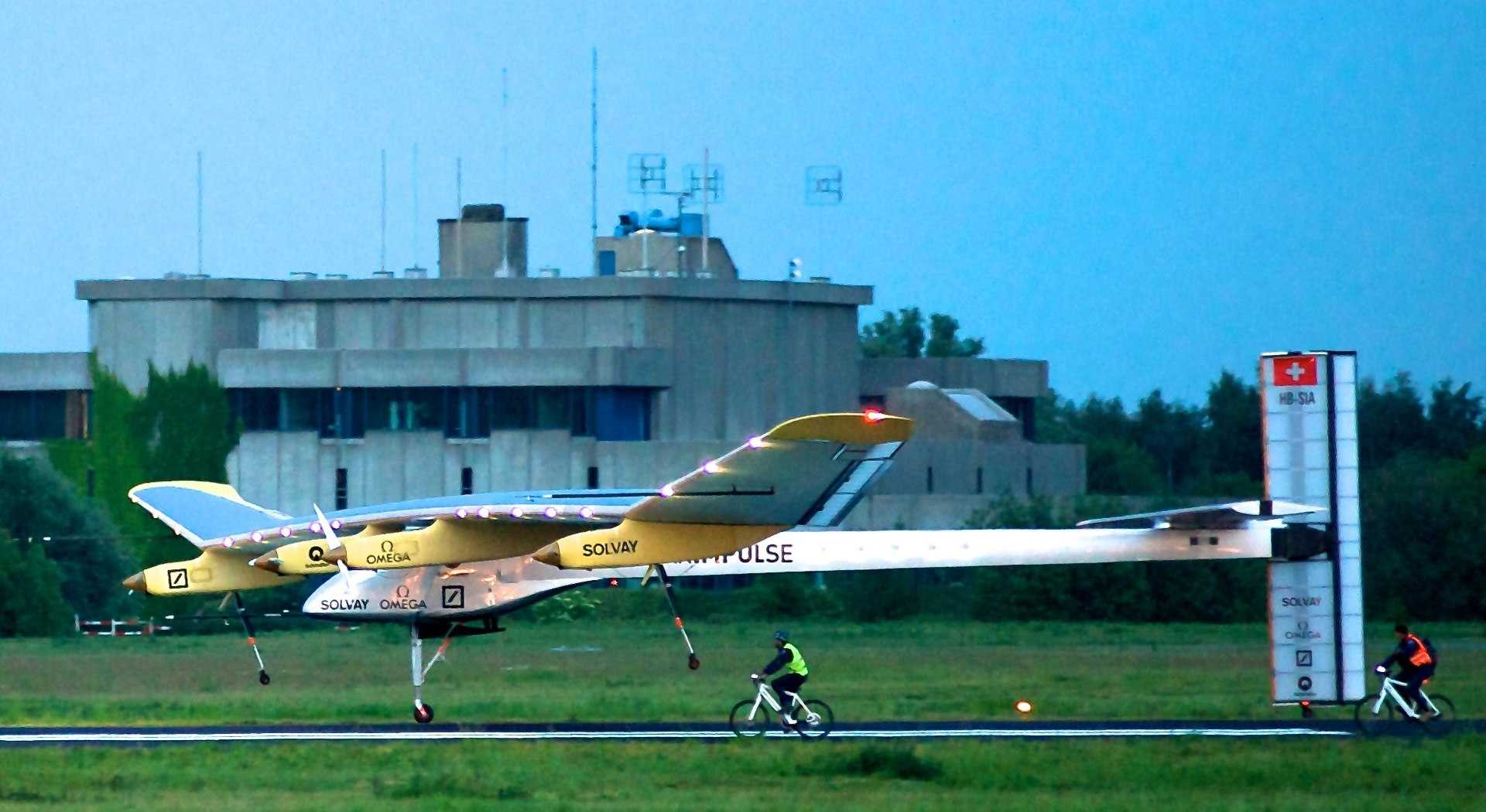 The first 24-hour flight by a solar-powered plane is completed by the Solar Impulse.