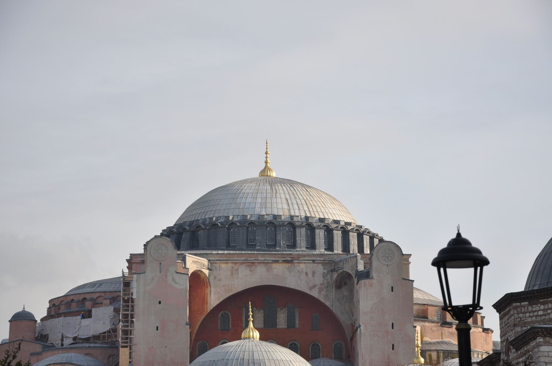 Hagia Sophia: Construction and Reconstruction