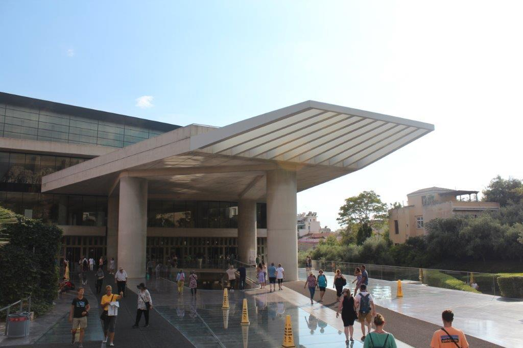 The New Acropolis Museum is completed
