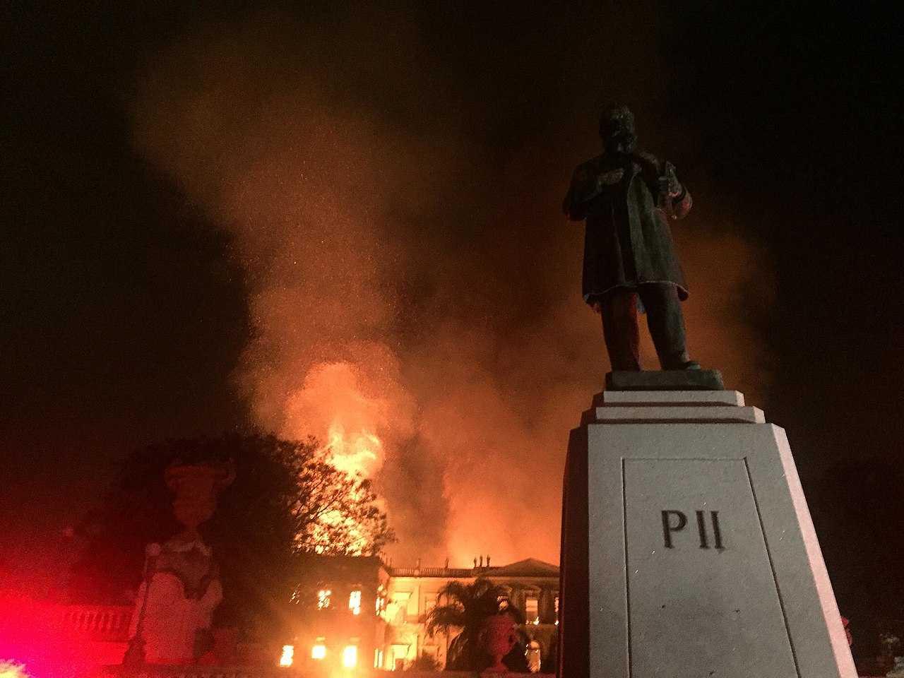 A fire destroys the National Museum of Brazil in Rio de Janeiro